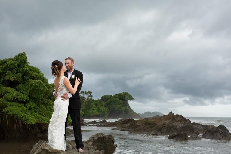 Ultimate Guide to Getting Married in Costa Rica